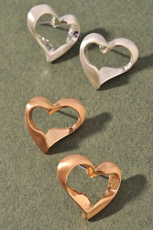 Heart Cut Out Stud Earrings - Gold