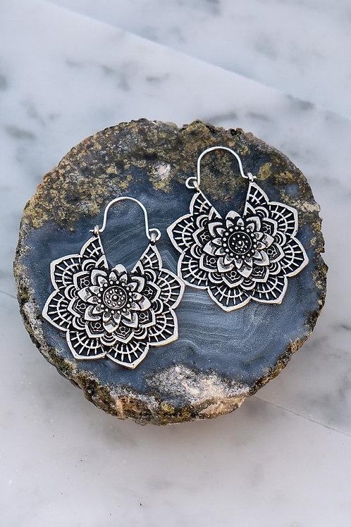 Antique Flower Etched Hoop Drop Earrings - Silver