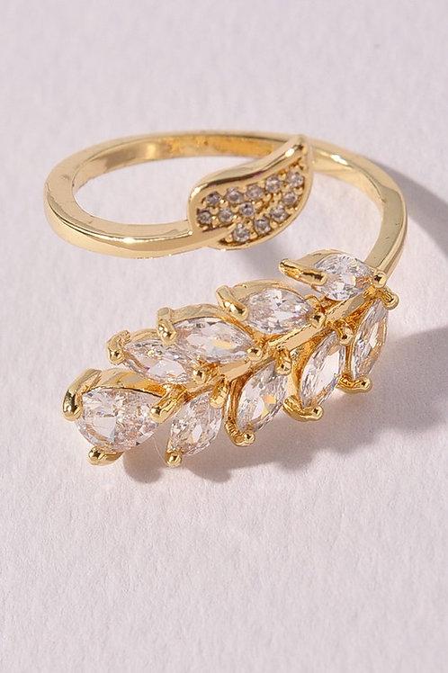 Gold Leaf Crystal Design Ring (Preorder)