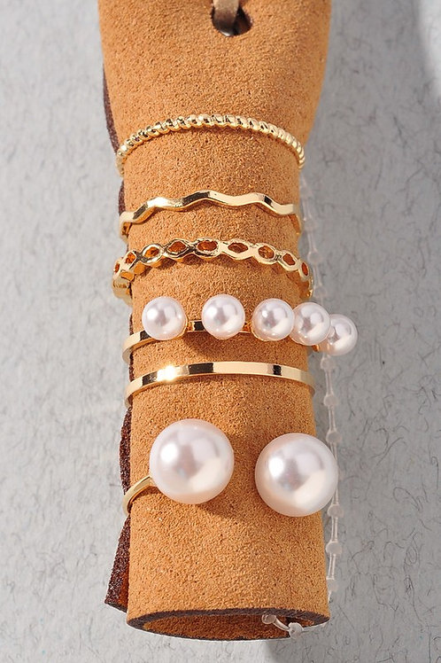 Pearl Detail Multiple Ring Set