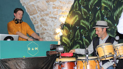 Dj et live percussions