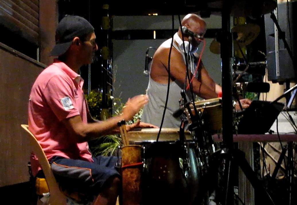 Duo DJ et percussioniste