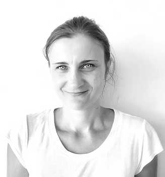 Senior Massage Therapist – Barbara | offering sports massage, remedial massage, lymphatic drainage massage, relaxation massage,cmyofascial release massage, pregnancy massage | Services south coogee, Coogee, Randwick, Bronte, Maroubra