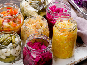 What's the difference between probiotics and prebiotics?