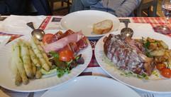 아스파라거스와 족발 샐러드