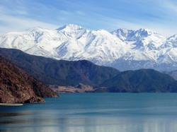 Cordón del Plata y lago Potrerillos