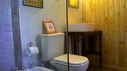 Baño habitaciones de tronco