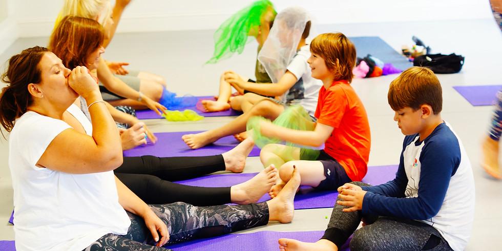 Family Yoga Online (1)