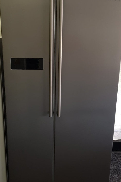 SAMSUNG USED AMERICAN SILVER FRIDGE FREEZER