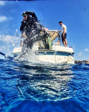 comino diving