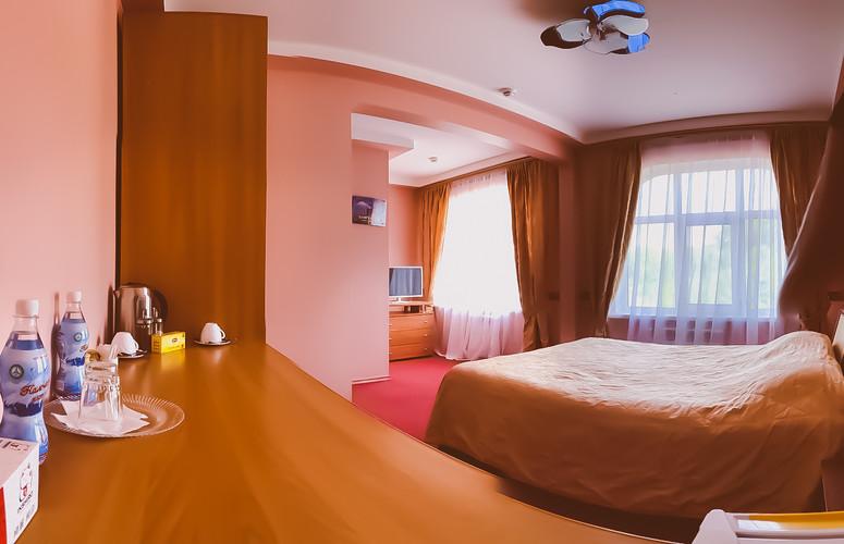 hotel_antarius_rooms_kamchatka_russia.jpg