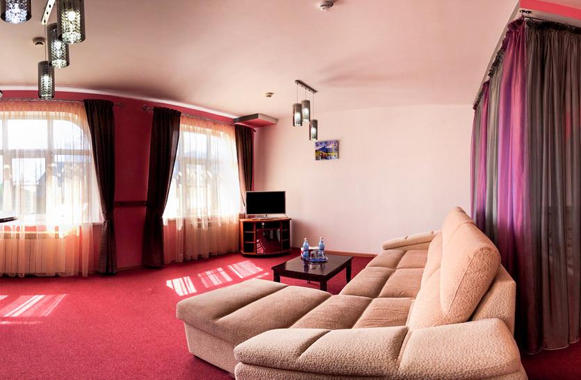 suite_room_antarius_hotel_guesthouse_kamchatka.JPG