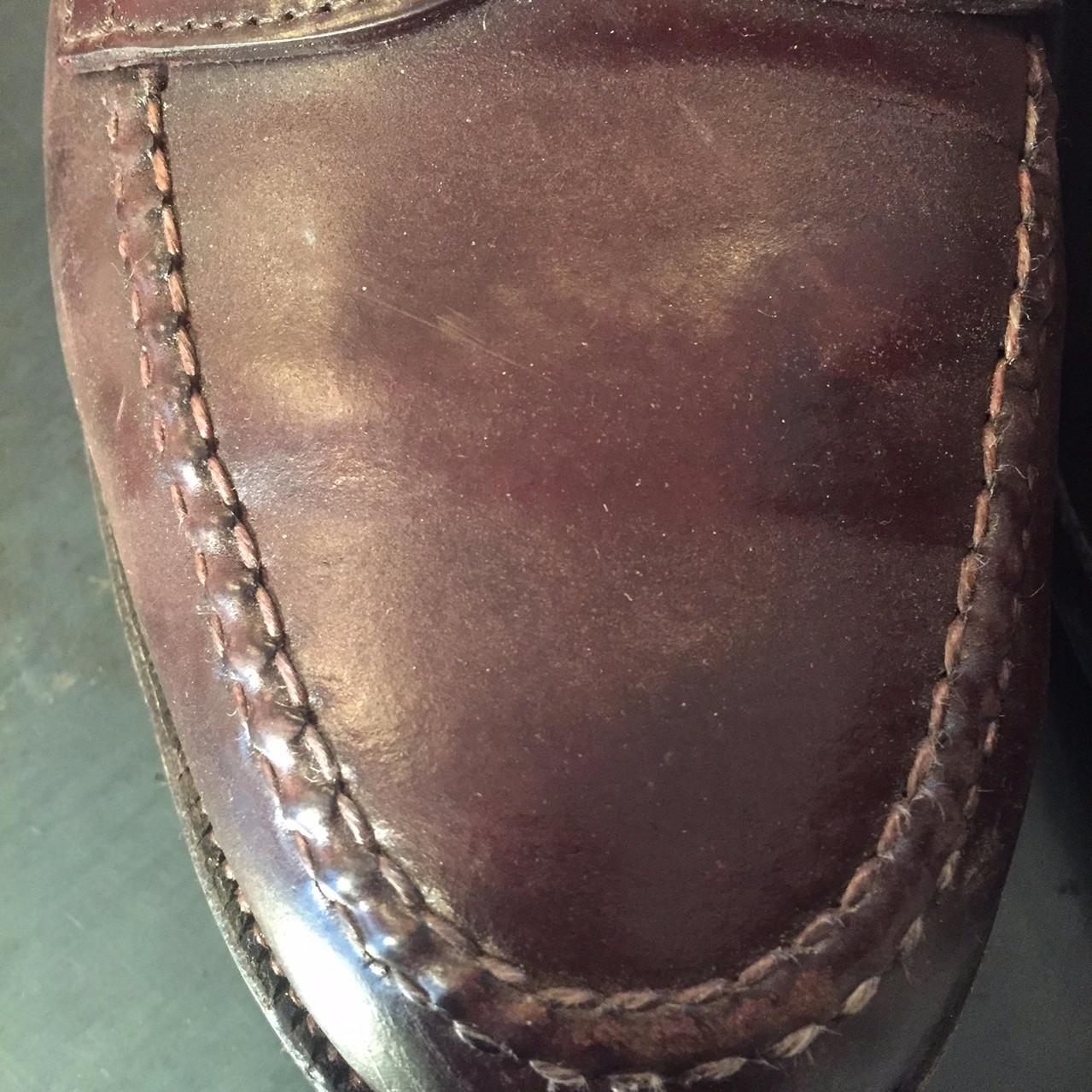 靴磨き Before