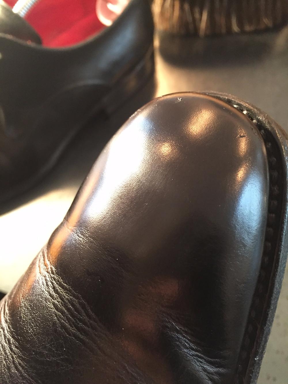 靴磨き くもり補修後