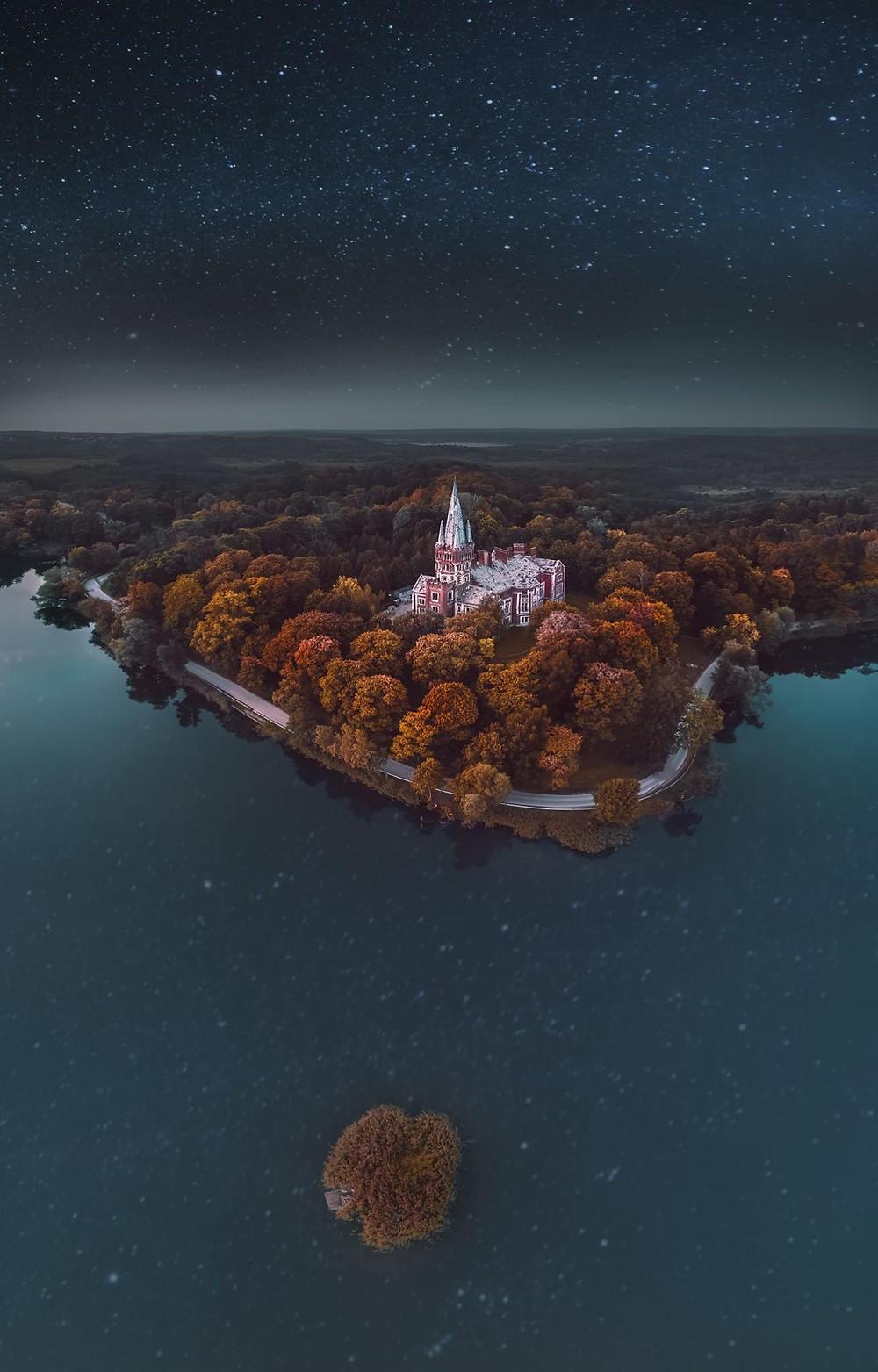 Treehouse Moletai Lithuania