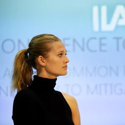 ILA Berlin Air Show, Toni Garrn