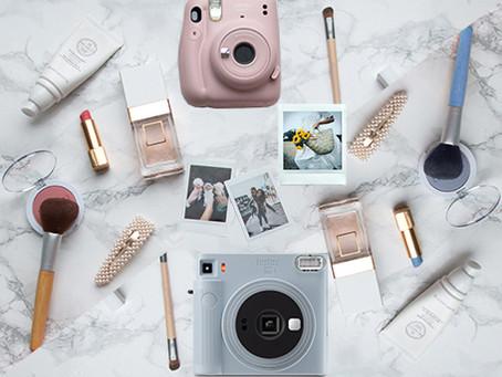 השוואה בין אינסטקס SQ1 לאינסטקס מיני 11: איזו מצלמה פיתוח מיידי כדאי לקנות?
