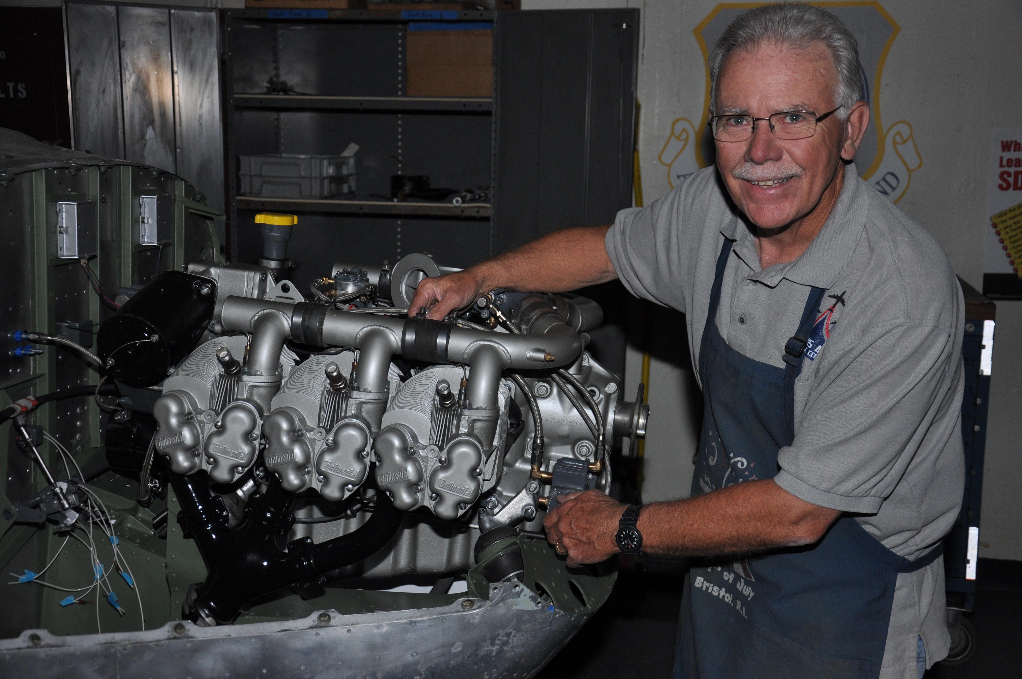 O-2 Super Skymaster Engine