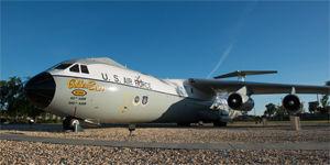 "C-141B ""Starlifter"""
