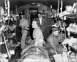 Frances Faye entertains Korean War wounded