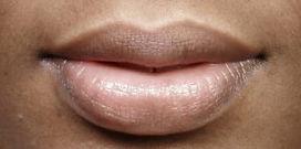 PORTFOLIO-black-woman-lips-before-close-