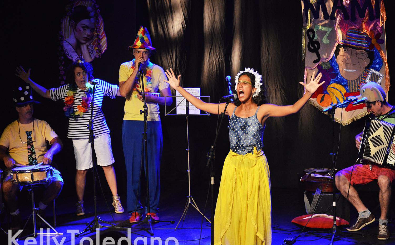 Espetáculo Carnaval Mami