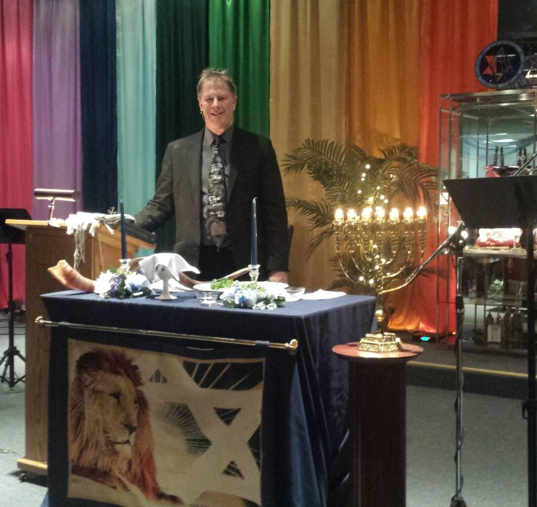 Rabbi at Passover 2016
