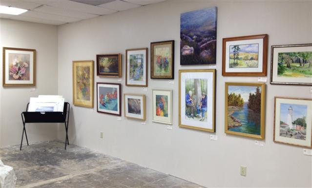 dfaa gallery right wall.jpg
