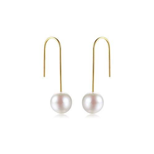 Chic Hoop Earrings - 18kt Yellow Gold Akoya Pearl