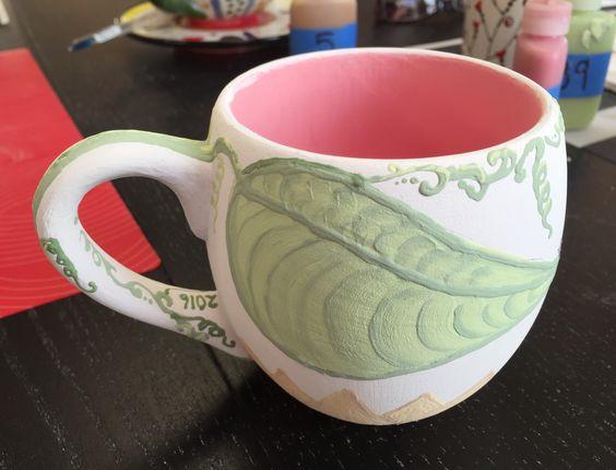"""During"" pic of a sunflower mug / HoneycombOasis.com"
