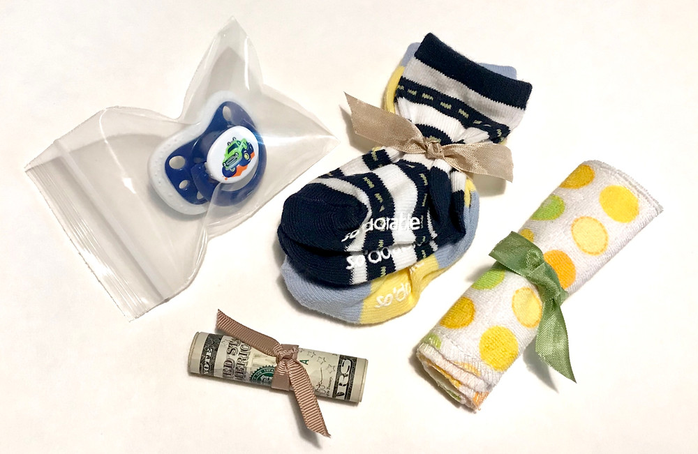Another Baby gift in a can contents / Gift-in-a-Can: Themes & Contents (Part 1) / www.HoneycombOasis.com