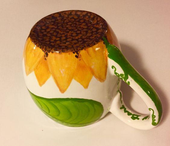 """""""After"""" pic of a sunflower mug - flower, stem + leaf / www.HoneycombOasis.com"""