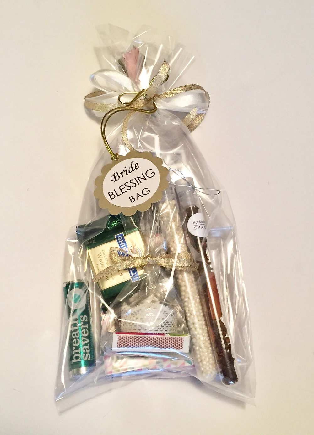 Blessing Bag for Breanna / Make a Bride Blessing Gift Bag / www.HoneycombOasis.com