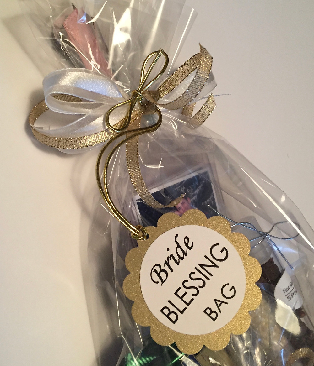 Top half of Blessing Bag for Breanna / Bless-the-Bride Blitz / www.HoneycombOasis.com