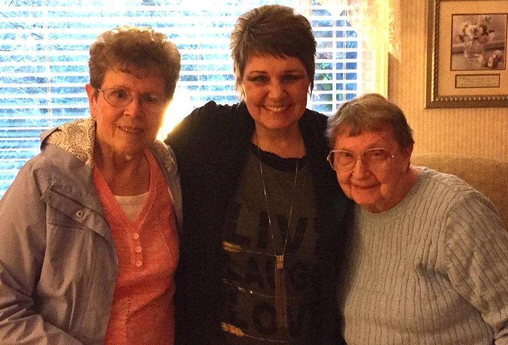 Pic of Mom S, me and Mom E / Home Is Wherever Mom Is! / www.HoneycombOasis.com