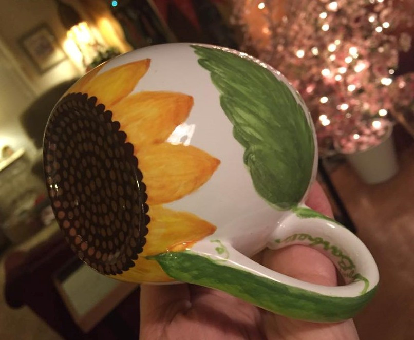 """""""After"""" pic of a scallop-leafed sunflower mug / www.HoneycombOasis.com"""