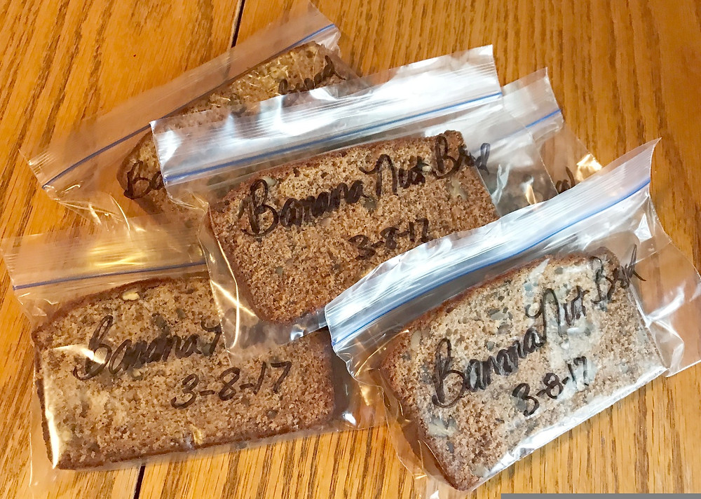 Banana bread slices in baggies / Setting Up for Success in Weight Loss / www.HoneycombOasis.com