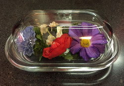 Butter dish with flowers