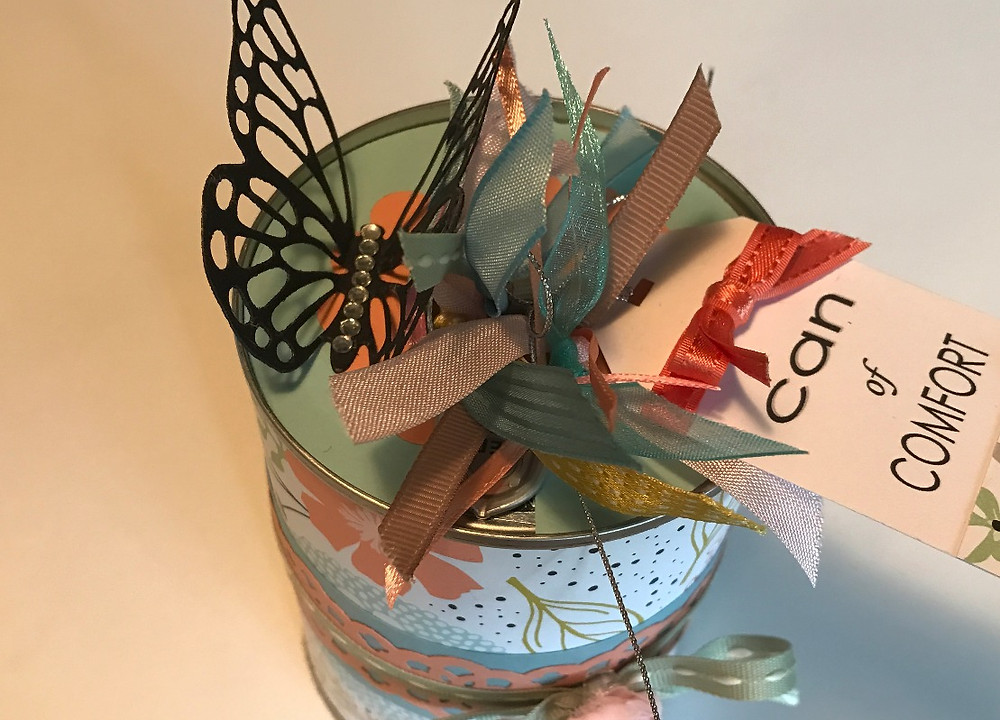 The top of a Can of Comfort / Gift-in-a-Can: Decorating It  (Part 3) / www.HoneycombOasis.com