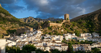 Sierra de Cazorla, great castles, olive oil, olives groves, road cycling camps, luxury cycling holidays in Spain, guided tours, www.ridingspain.com