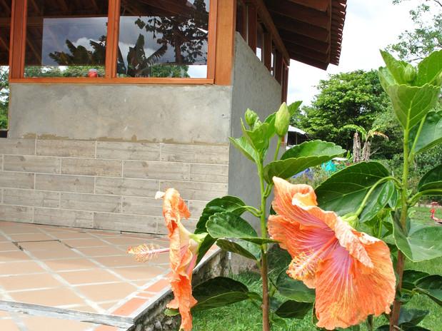 jardines_cafeteria.JPG