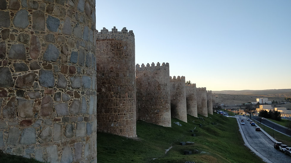 City of Avila, top-notch cycling destinations and luxury cycling vacations and training camps in Spain (www.ridingspain.com)