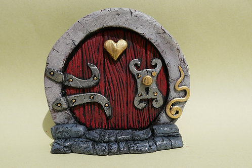 Hobbit Style Heart Fairy Door
