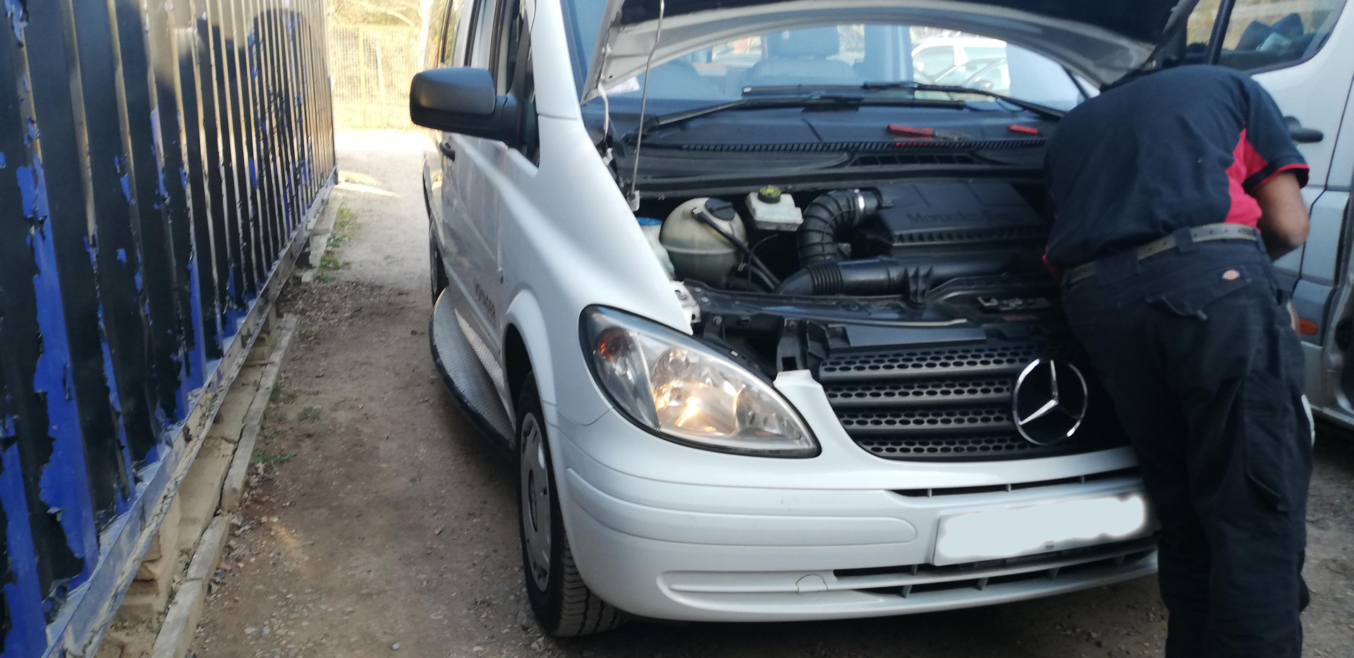 Mercedes_Van_Repair.jpg