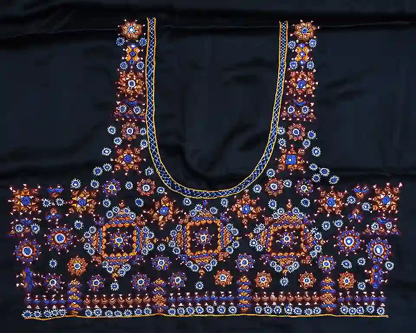 Blouses With Embroidery