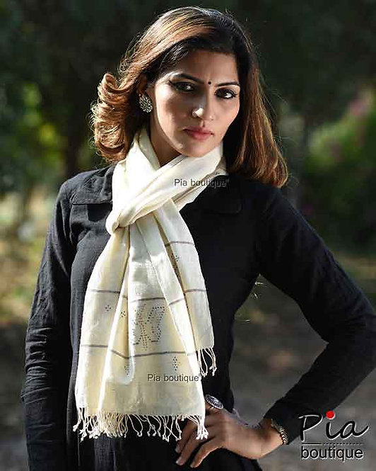 khadi organic cotton stole with tangaliya weave