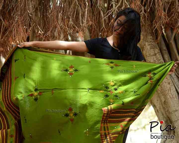 bhujodi handloom shawl
