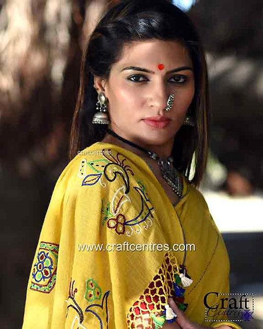khadi organic cotton saree with kutchi hand embroidery