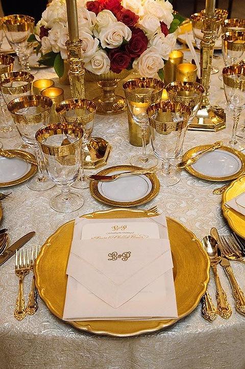 gold wedding tablescape.jpg
