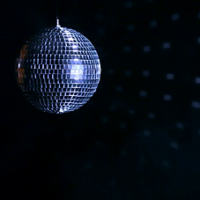 discoball-on-black-background_ry8dcqk1he